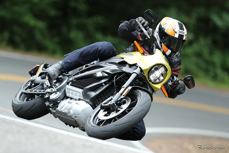ハーレーダビッドソンの電動バイク、LiveWire